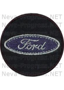 Шеврон в салон автомобиля ФОРД (FORD) круг диаметр 60 мм. (черный фон, черный кант, метанить)