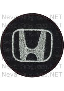 Шеврон в салон автомобиля ХОНДА (HONDA) круг диаметр 60 мм. (черный фон, черный кант, метанить)