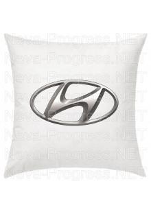 Подушка с вышитым логотипом HYUNDAI в салон автомобиля, размер и цвет выбирайте в опциях